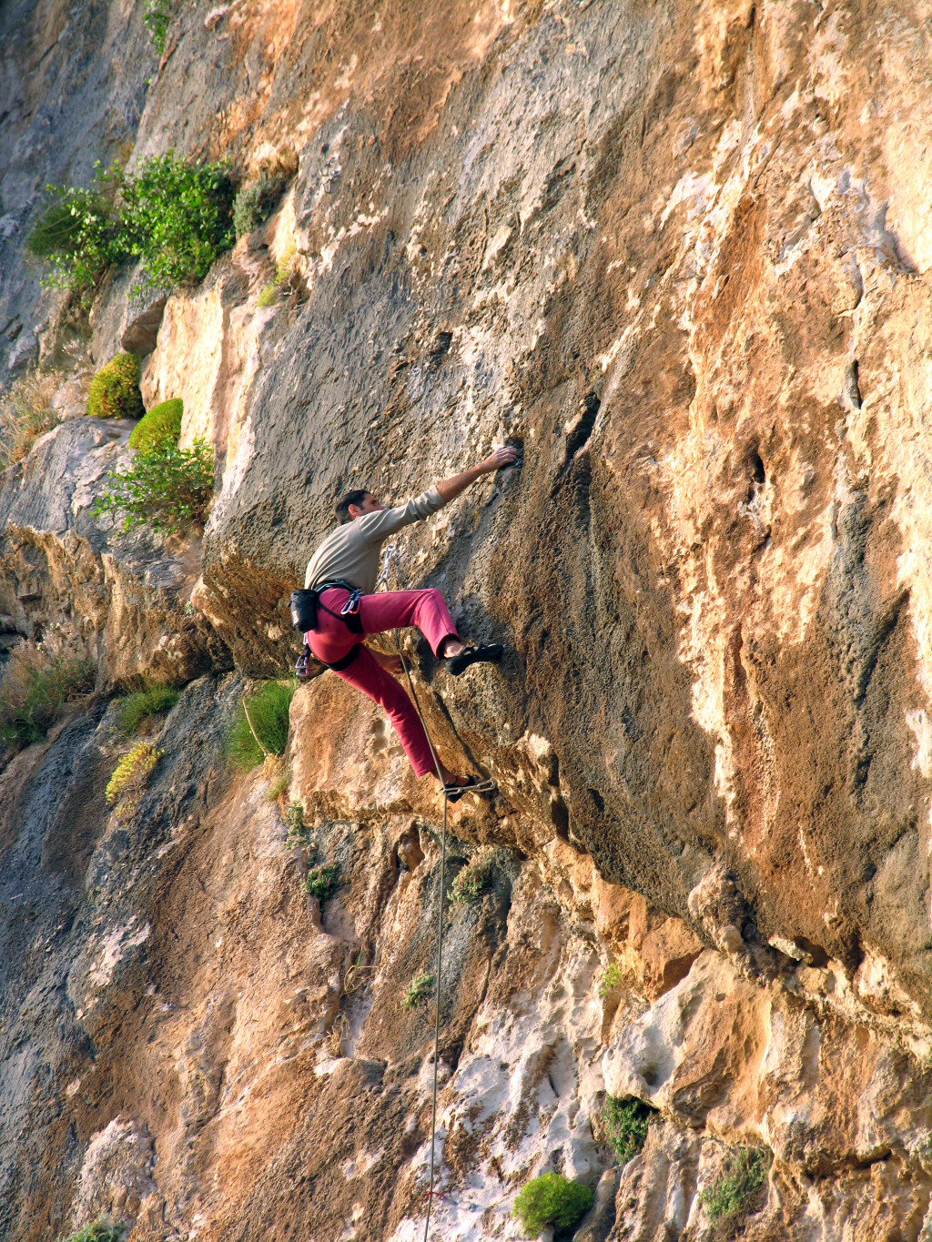 "Yiannis Torelli on ""A Muerte"" 6c+, Varasova. Photo: Aris Theodoropoulos/Climb Greece"