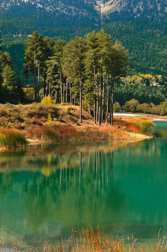 Lake Doxa / John Koullias